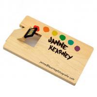Hout creditcard usb stick foto of naam bedrukken. Vanaf 1 stuk