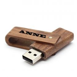 Walnoot hout uitklap usb stick met naam 32GB