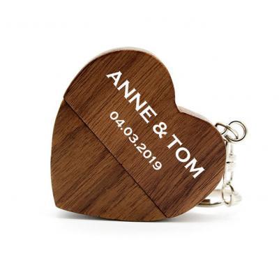 Walnoot hout hart usb stick met naam 16GB