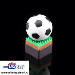 3.0 Voetbal usb stick. 16GB