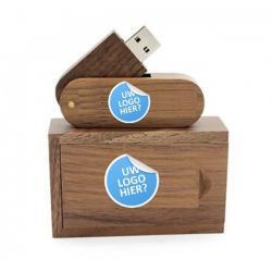 Madrid usb stick en hout doos met logo. Vanaf 5 stuks